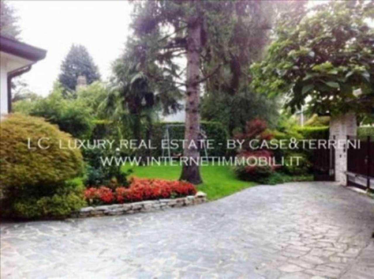 Villa in vendita a Cassina de' Pecchi, 6 locali, prezzo € 895.000 | CambioCasa.it