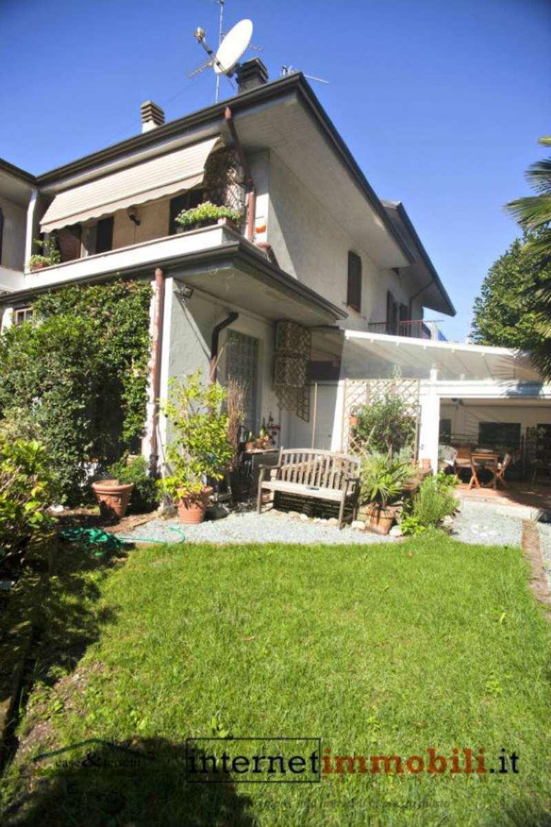 Villa in vendita a Cassina de' Pecchi, 5 locali, prezzo € 378.000 | Cambio Casa.it