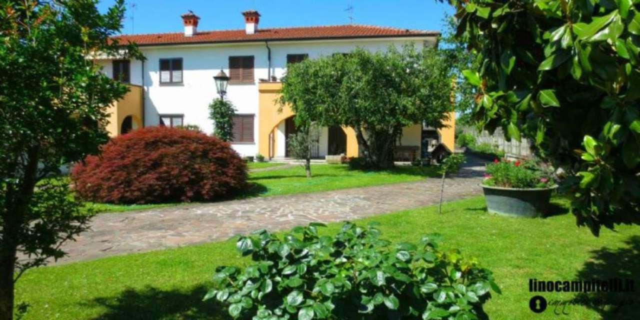 Villa in vendita a Cassina de' Pecchi, 6 locali, prezzo € 650.000 | Cambio Casa.it