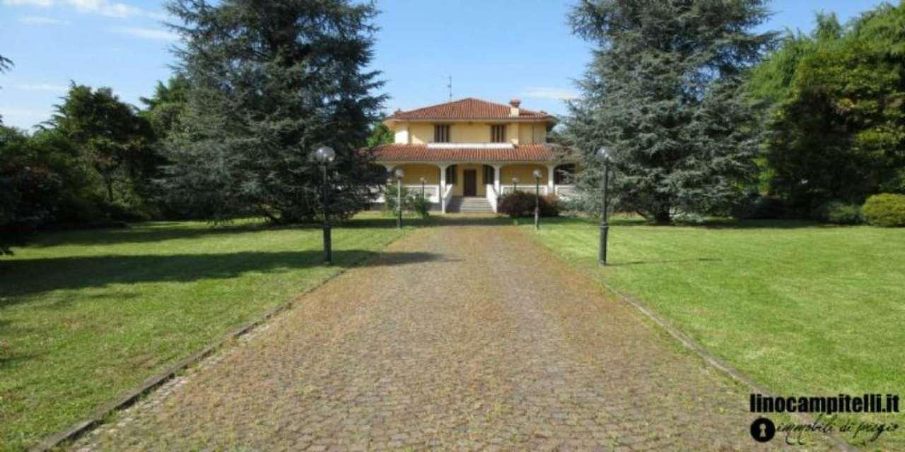 Villa in vendita a Cernusco sul Naviglio, 7 locali, prezzo € 2.150.000 | CambioCasa.it
