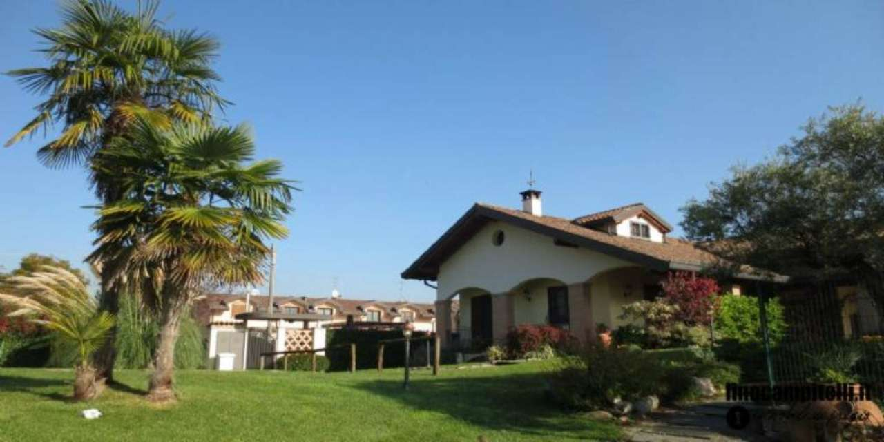 Villa in vendita a Cernusco sul Naviglio, 5 locali, prezzo € 780.000 | Cambio Casa.it