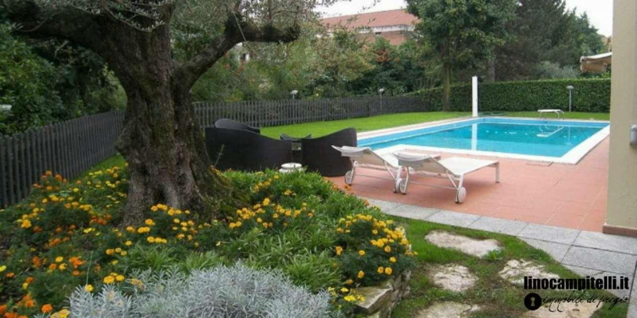 Villa in vendita a Cernusco sul Naviglio, 6 locali, prezzo € 1.050.000 | CambioCasa.it