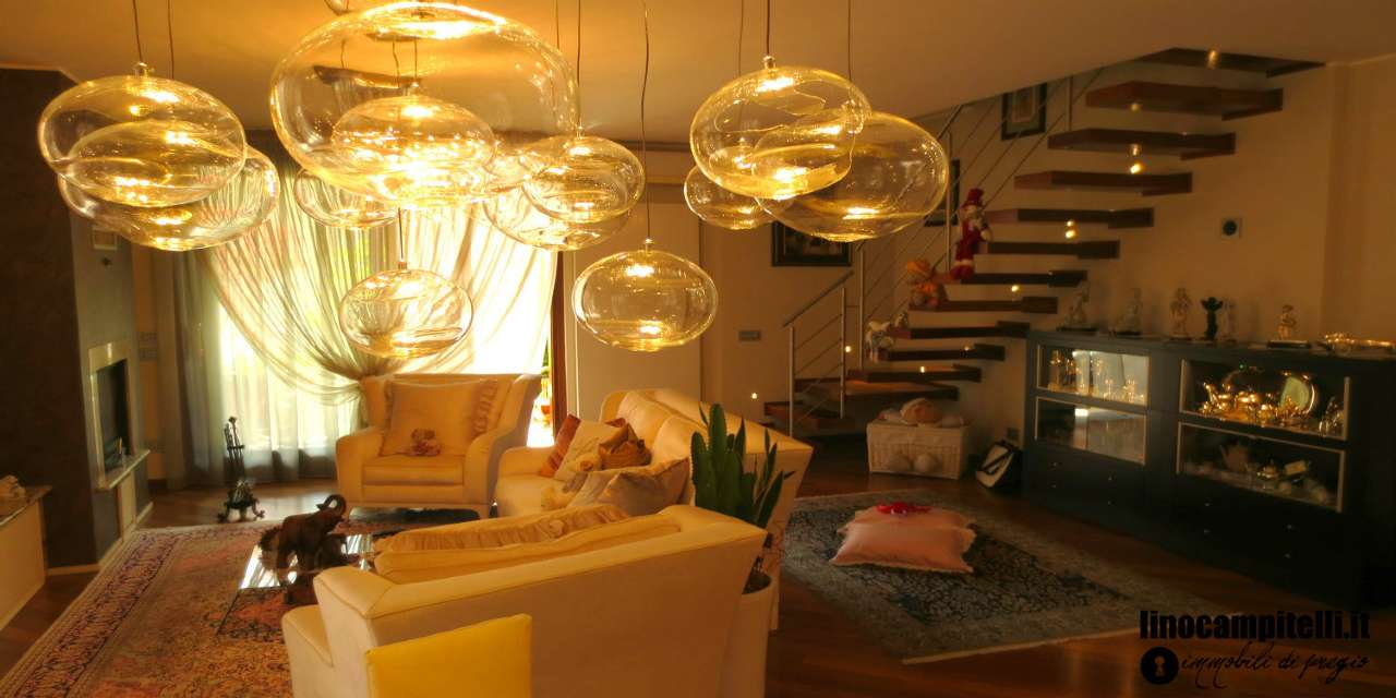 Appartamento in vendita a Vimodrone, 4 locali, prezzo € 560.000 | CambioCasa.it