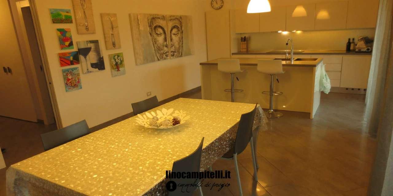 Attico / Mansarda in vendita a Brugherio, 5 locali, prezzo € 700.000 | CambioCasa.it