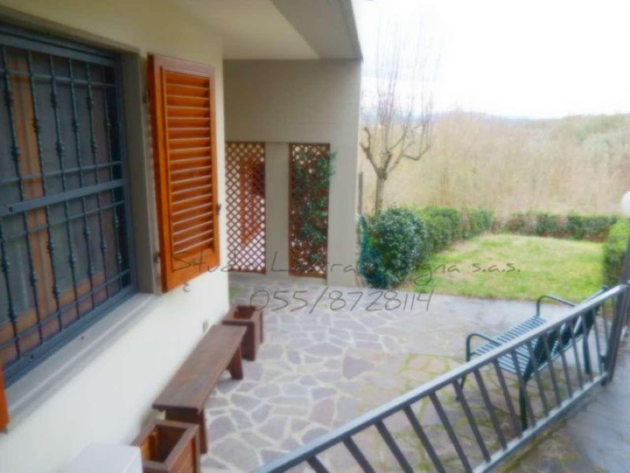 Palazzo / Stabile in vendita a Lastra a Signa, 5 locali, prezzo € 280.000 | Cambio Casa.it