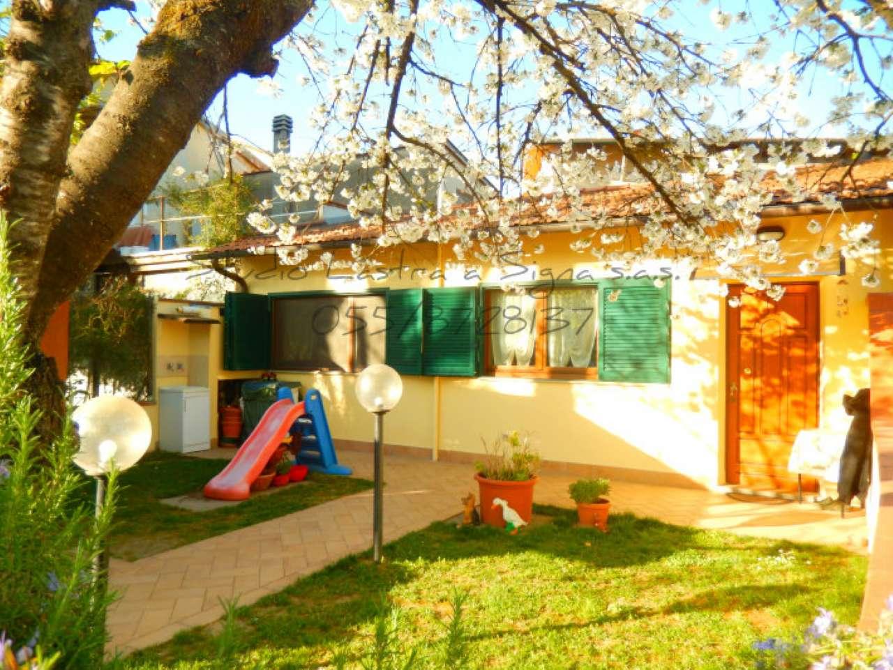 Palazzo / Stabile in vendita a Lastra a Signa, 3 locali, prezzo € 160.000 | CambioCasa.it