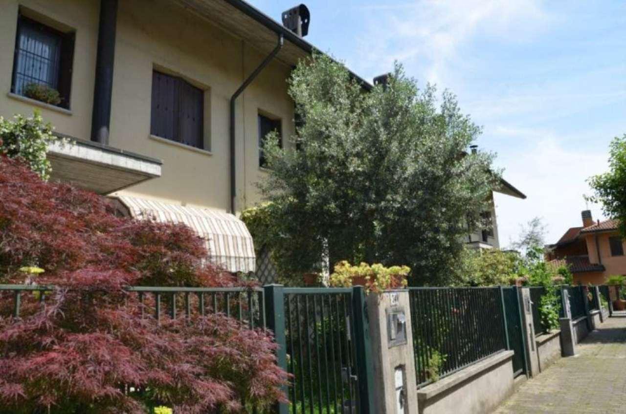 Villa-Villetta Vendita San Zenone Al Lambro