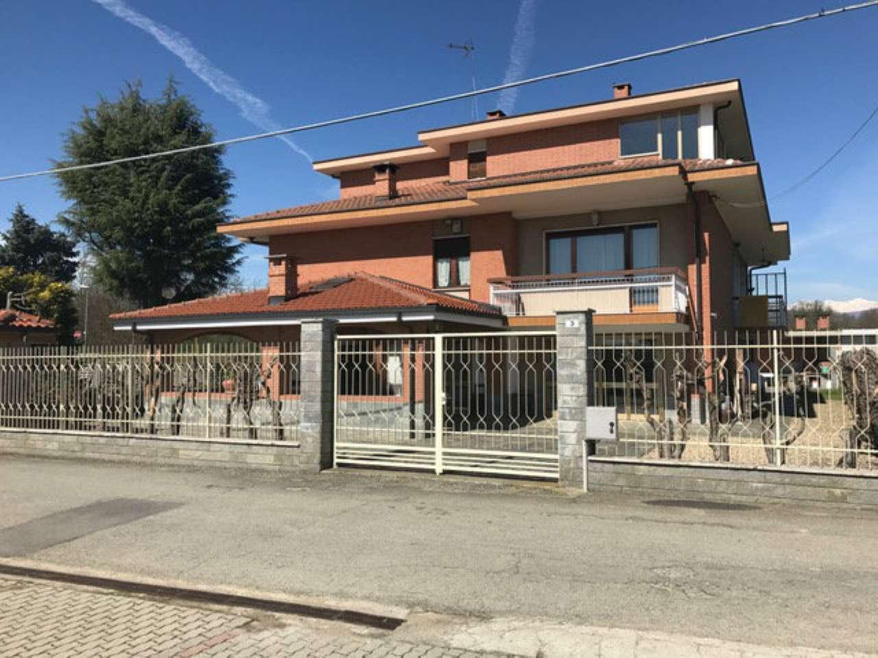 Villa Bifamiliare in Vendita a Lombardore