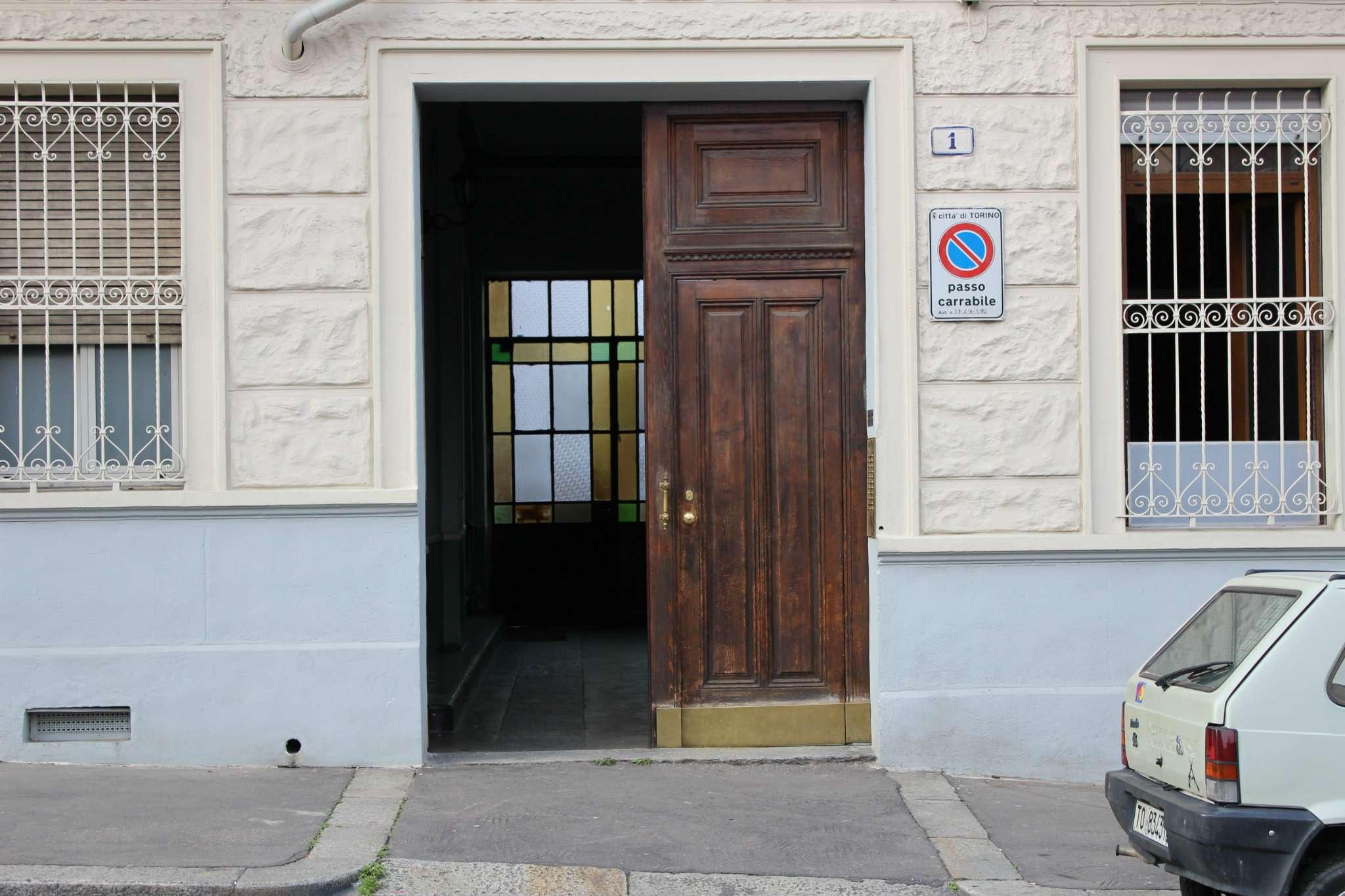 Bilocale Torino Via Wuillermin 2