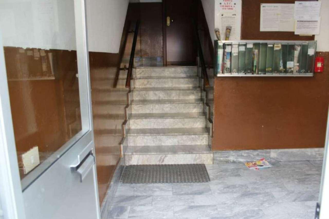 Bilocale Torino Via Pergolesi 11