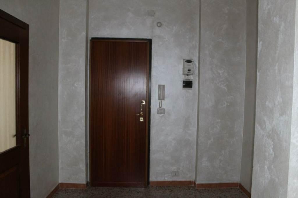 Bilocale Torino Corso Taranto 10