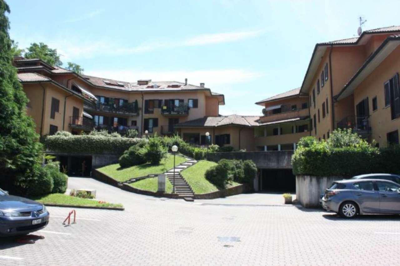 Appartamento in vendita a Porto Valtravaglia, 2 locali, prezzo € 90.000 | Cambio Casa.it