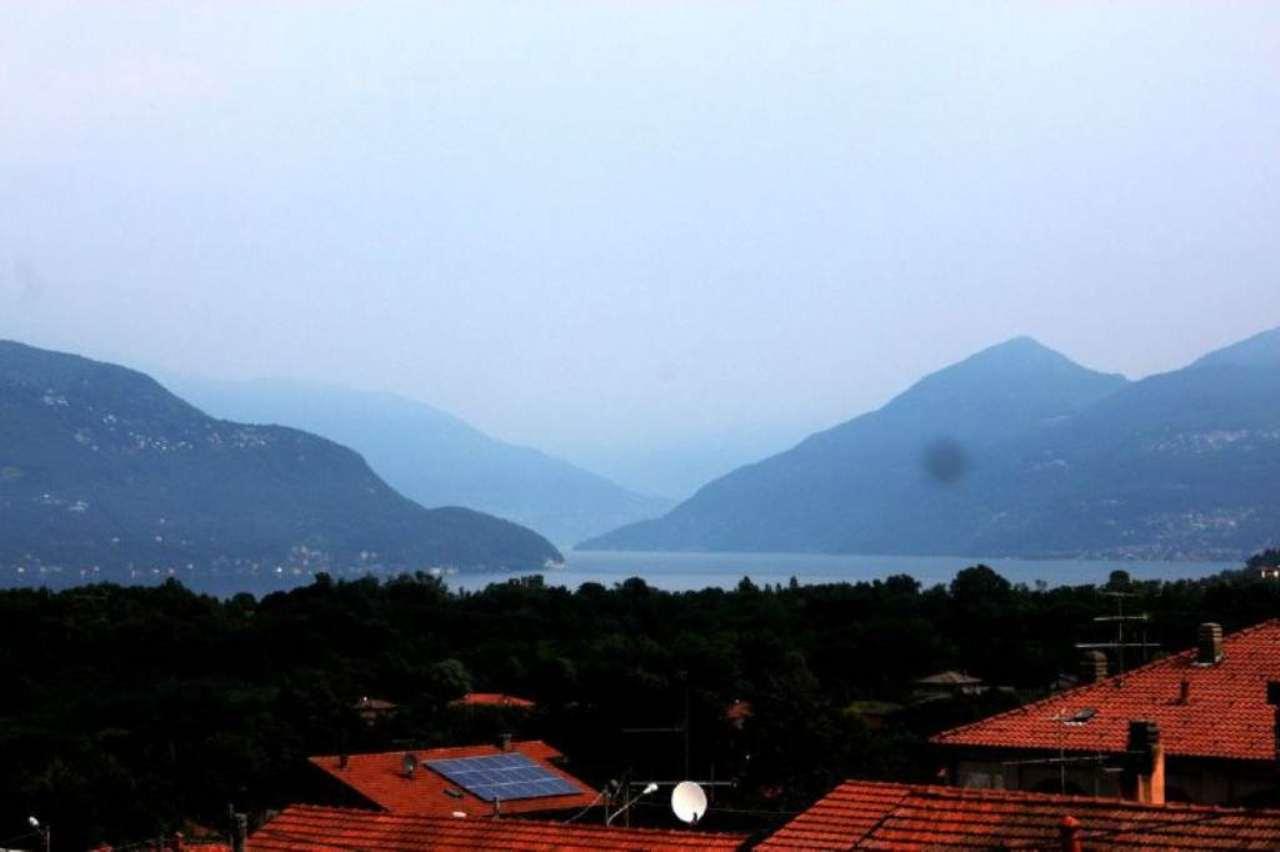 Appartamento in vendita a Porto Valtravaglia, 2 locali, prezzo € 95.000 | Cambio Casa.it