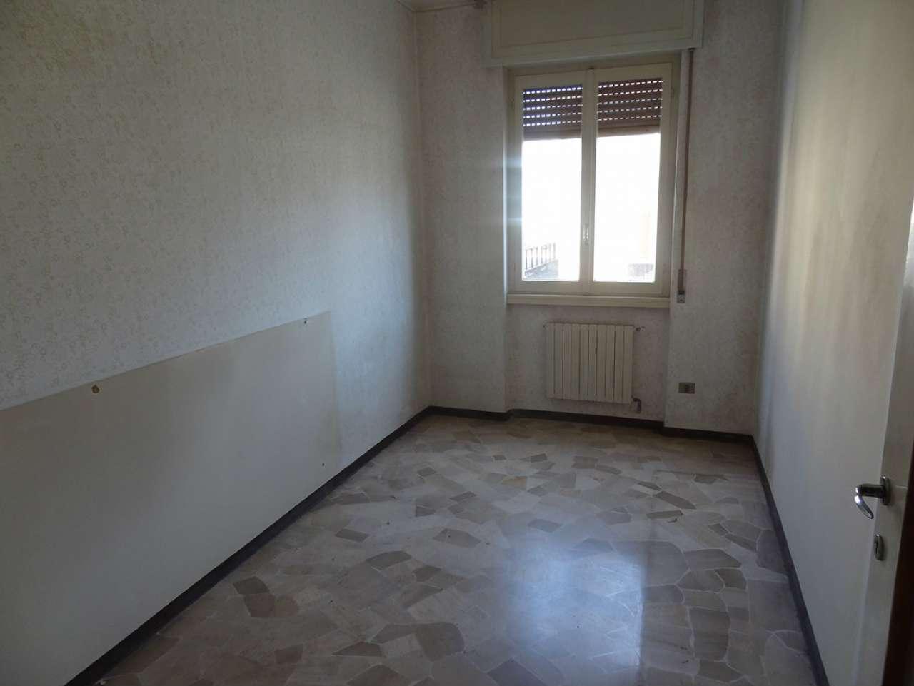Appartamento in vendita a Laveno-Mombello, 2 locali, prezzo € 80.000 | Cambio Casa.it