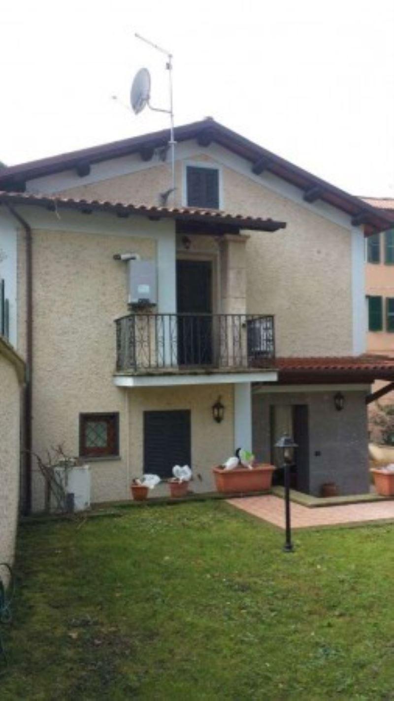Villa in vendita a Grottaferrata, 3 locali, prezzo € 359.000 | CambioCasa.it