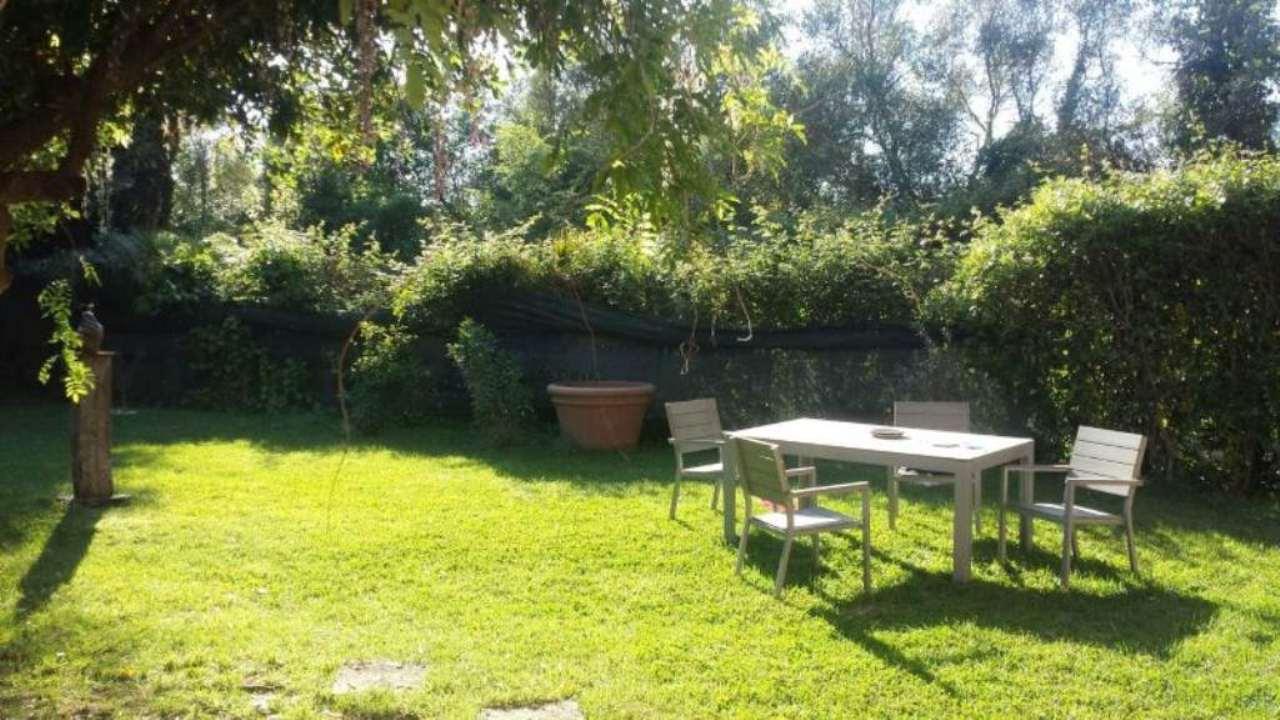 Villa in affitto a Roma, 4 locali, zona Zona: 15 . Appio Latino, Appia Antica, Furio Camillo, Alberone, prezzo € 2.000 | Cambio Casa.it