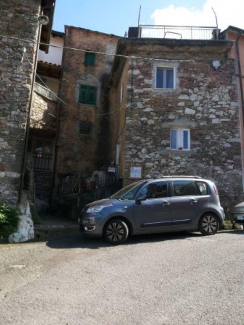 Soluzione Indipendente in vendita a Pignone, 5 locali, prezzo € 75.000 | CambioCasa.it