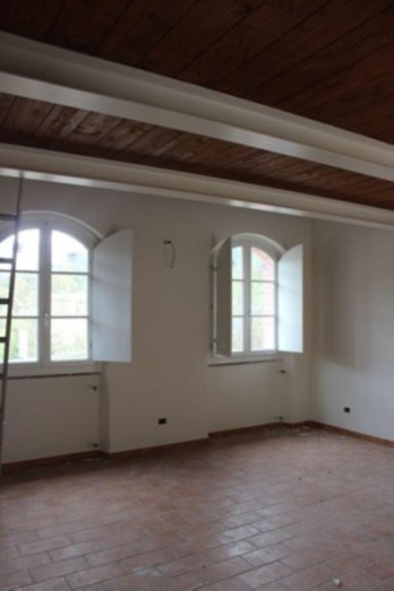Appartamento in vendita a Beverino, 3 locali, prezzo € 108.000 | CambioCasa.it
