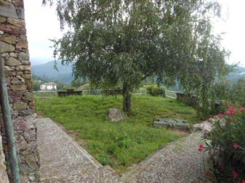 Appartamento in vendita a Pignone, 4 locali, prezzo € 125.000 | CambioCasa.it