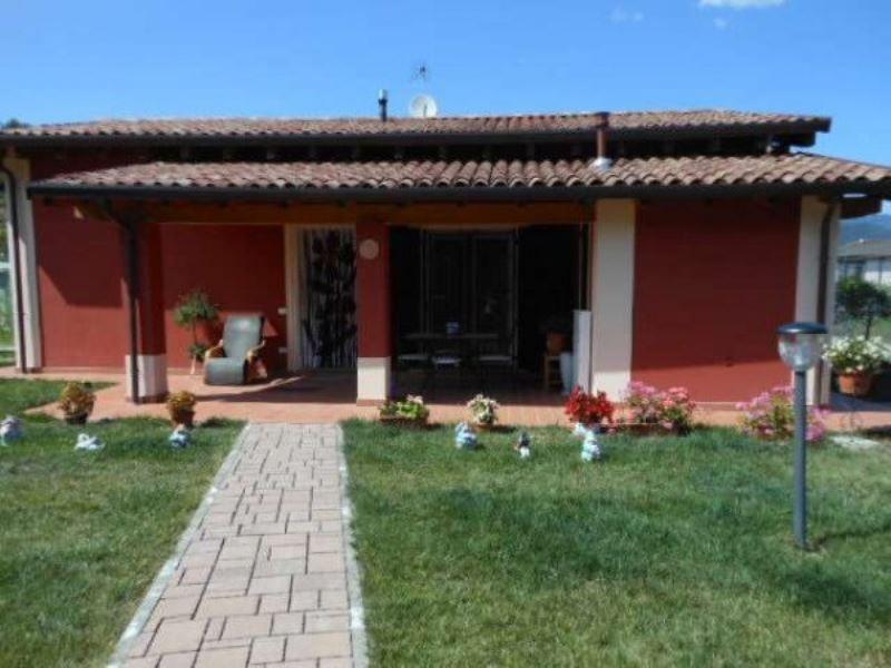 Soluzione Indipendente in vendita a Beverino, 5 locali, prezzo € 255.000 | Cambio Casa.it