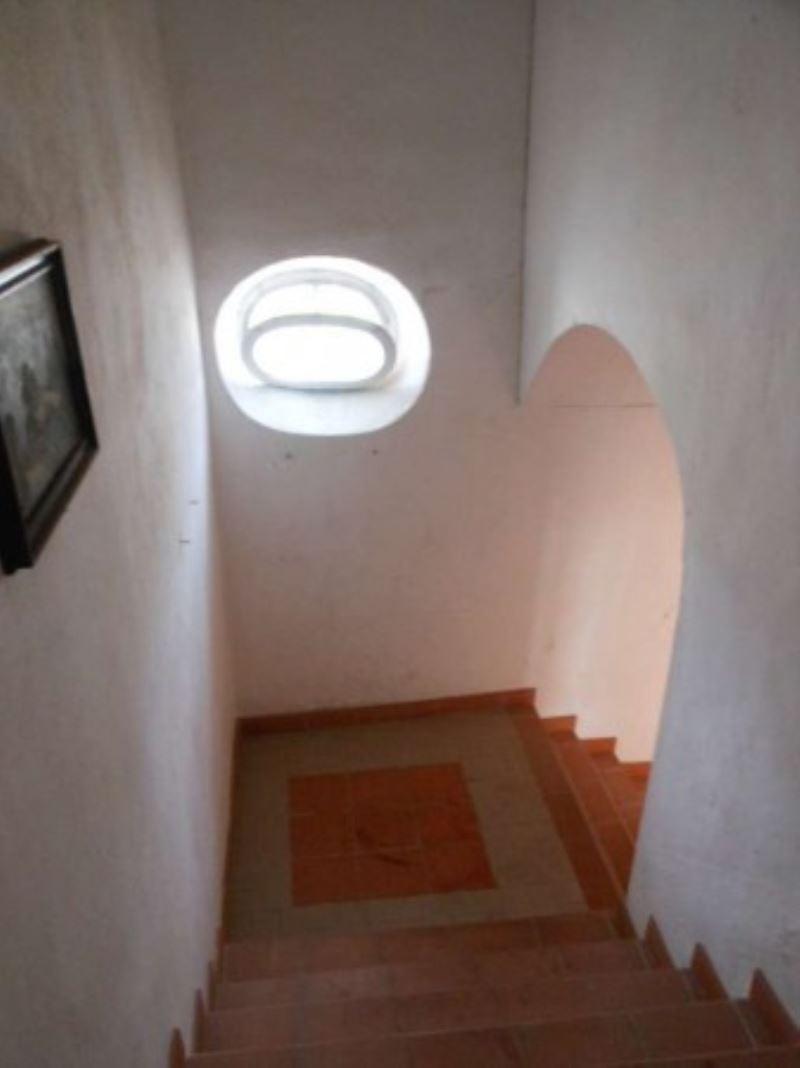 Appartamento in vendita a Riccò del Golfo di Spezia, 3 locali, prezzo € 78.000 | Cambio Casa.it
