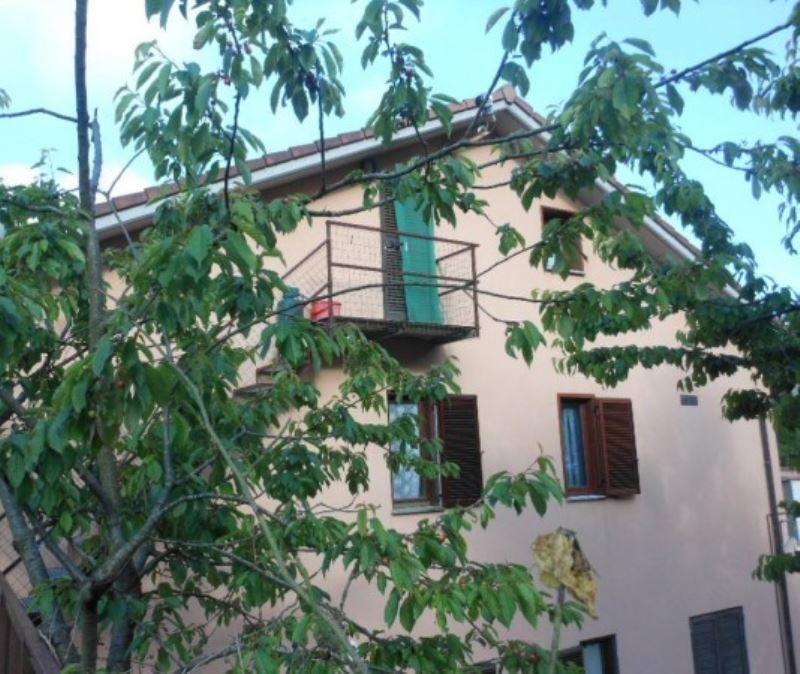 Appartamento in vendita a Pignone, 4 locali, prezzo € 215.000 | Cambio Casa.it