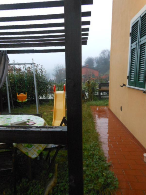 Appartamento in vendita a Riccò del Golfo di Spezia, 5 locali, prezzo € 215.000 | Cambio Casa.it