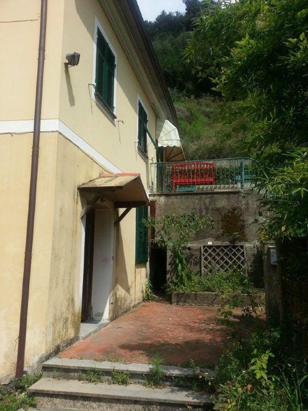 Appartamento in vendita a Levanto, 4 locali, prezzo € 175.000 | Cambio Casa.it