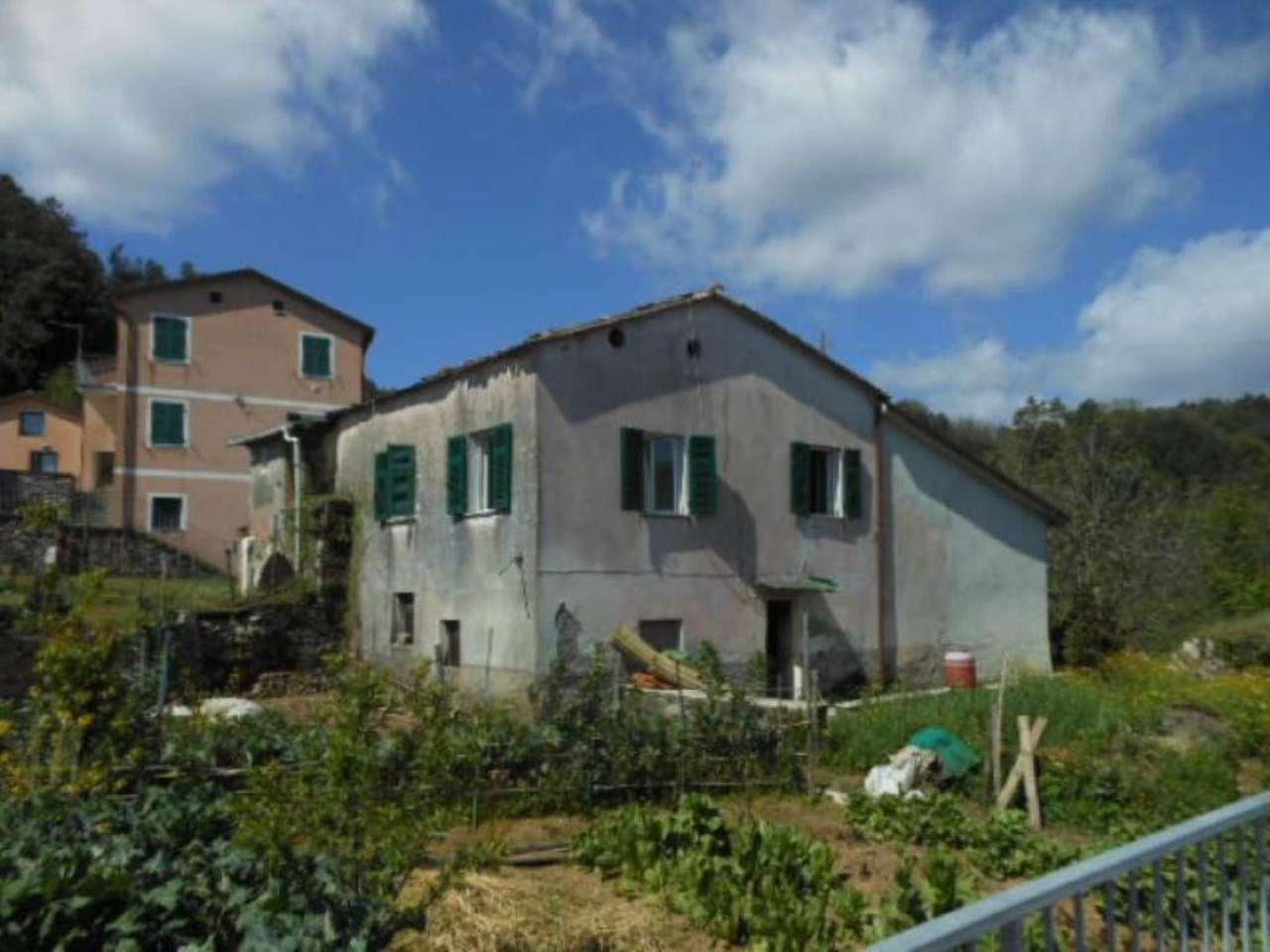 Palazzo / Stabile in vendita a Beverino, 6 locali, prezzo € 65.000 | Cambio Casa.it
