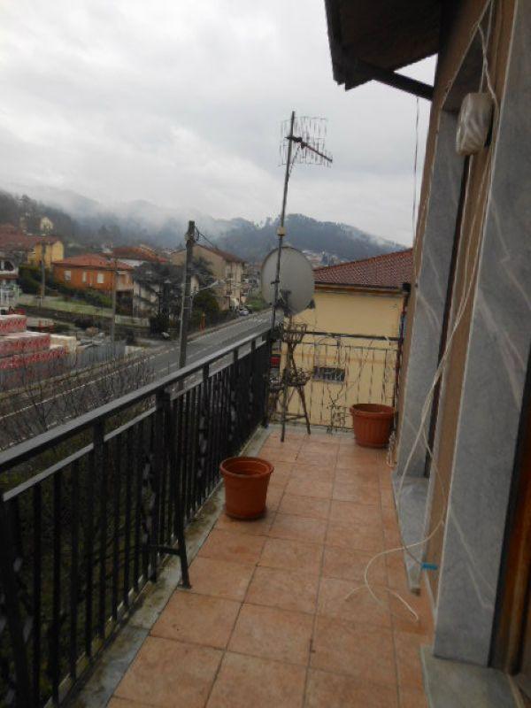 Appartamento in vendita a Riccò del Golfo di Spezia, 4 locali, prezzo € 95.000 | Cambio Casa.it