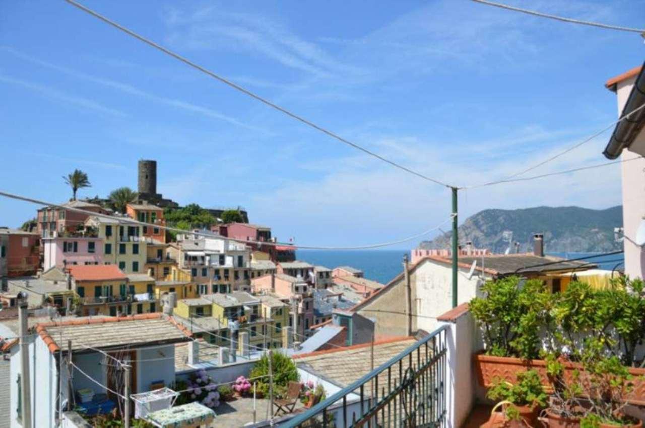 Palazzo / Stabile in vendita a Vernazza, 4 locali, Trattative riservate | Cambio Casa.it