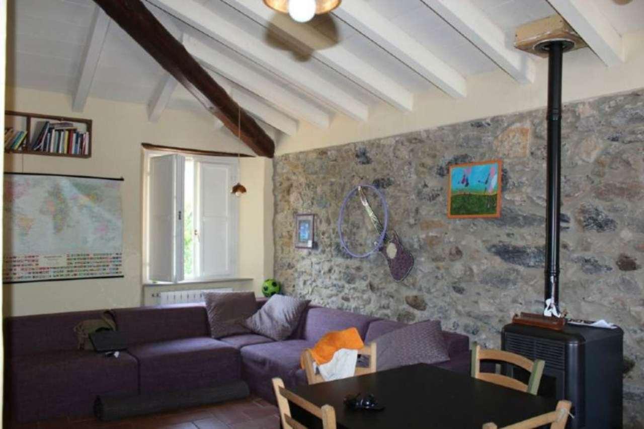 Appartamento in vendita a Riccò del Golfo di Spezia, 4 locali, prezzo € 118.000 | Cambio Casa.it