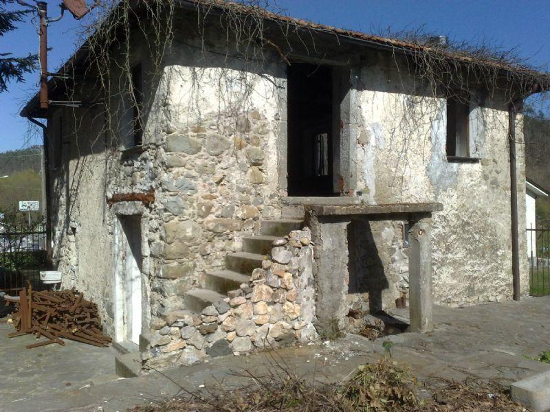 Soluzione Indipendente in vendita a Beverino, 2 locali, prezzo € 90.000 | Cambio Casa.it