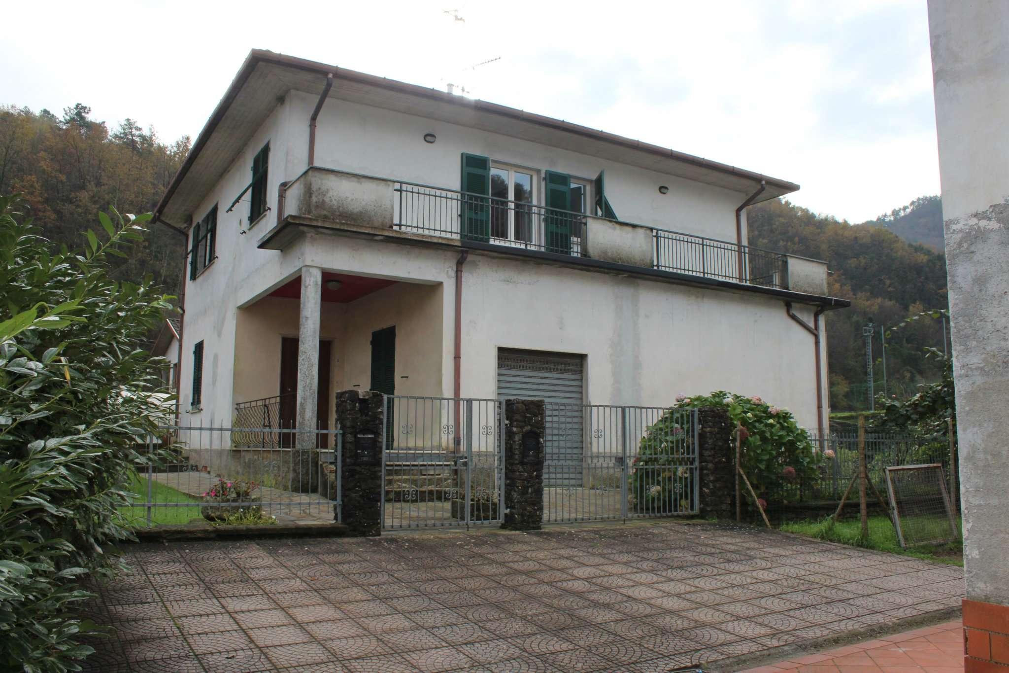 Appartamento in vendita a Pignone, 5 locali, prezzo € 98.000 | CambioCasa.it