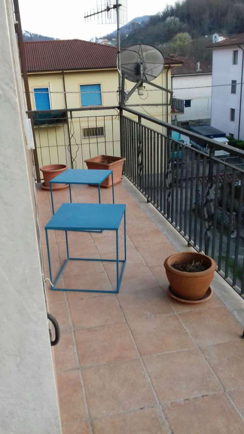 Appartamento in vendita a Riccò del Golfo di Spezia, 4 locali, prezzo € 110.000 | Cambio Casa.it
