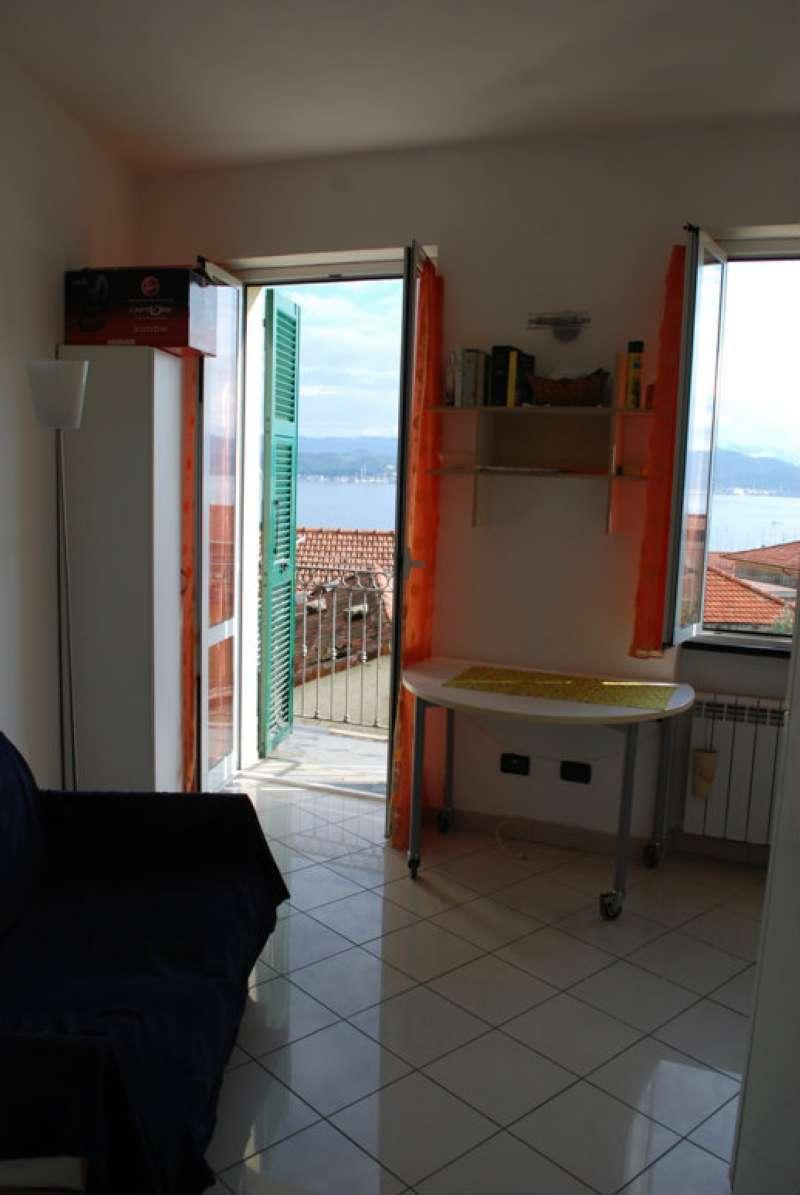 Appartamento in vendita a Portovenere, 3 locali, prezzo € 125.000 | Cambio Casa.it
