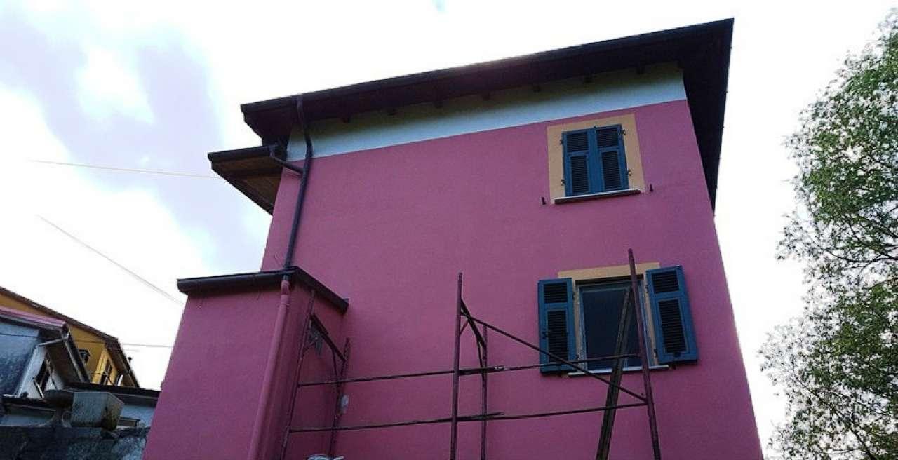 Soluzione Indipendente in vendita a Beverino, 5 locali, prezzo € 120.000 | CambioCasa.it
