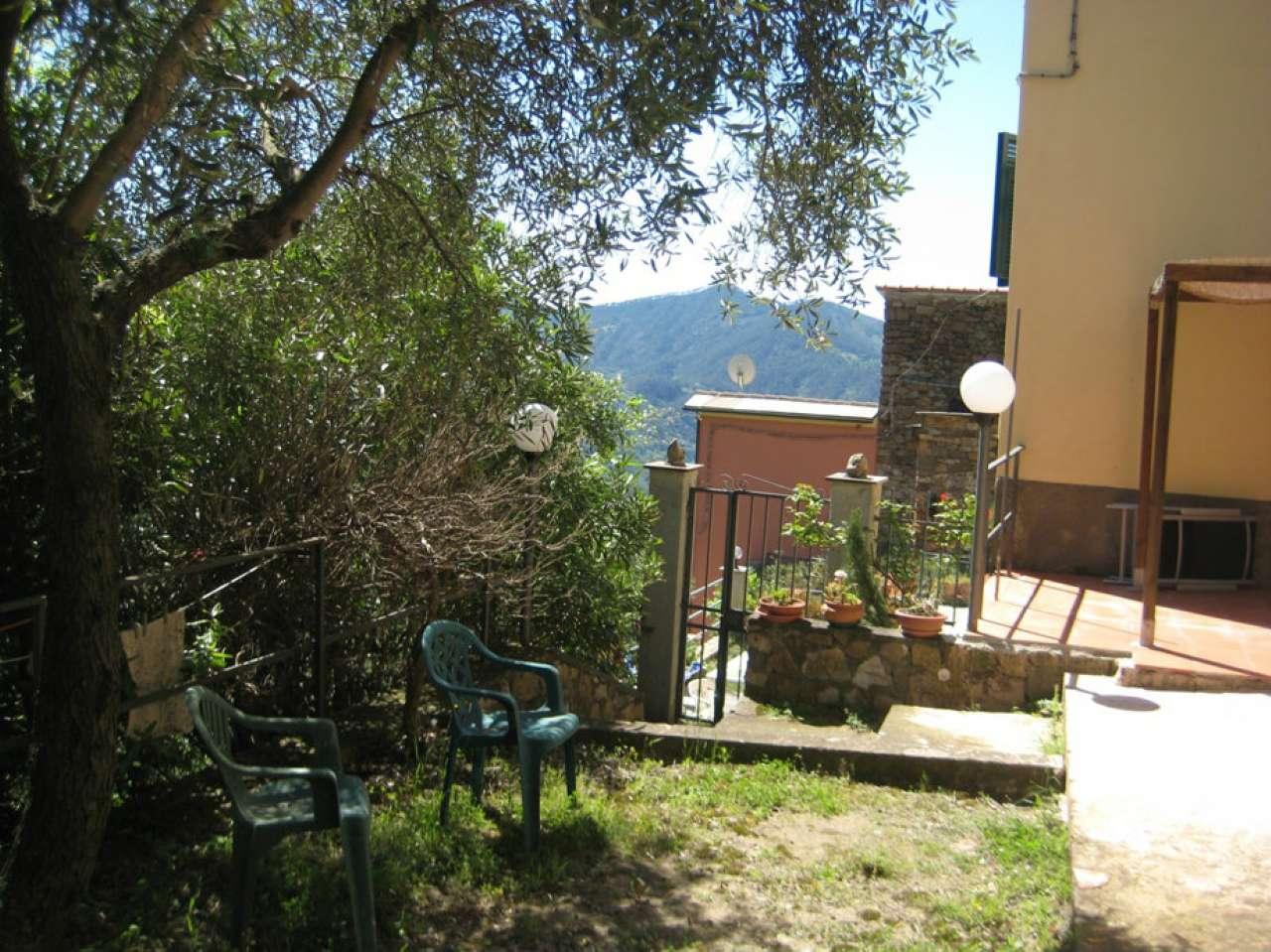 Appartamento in vendita a Levanto, 3 locali, prezzo € 140.000 | CambioCasa.it