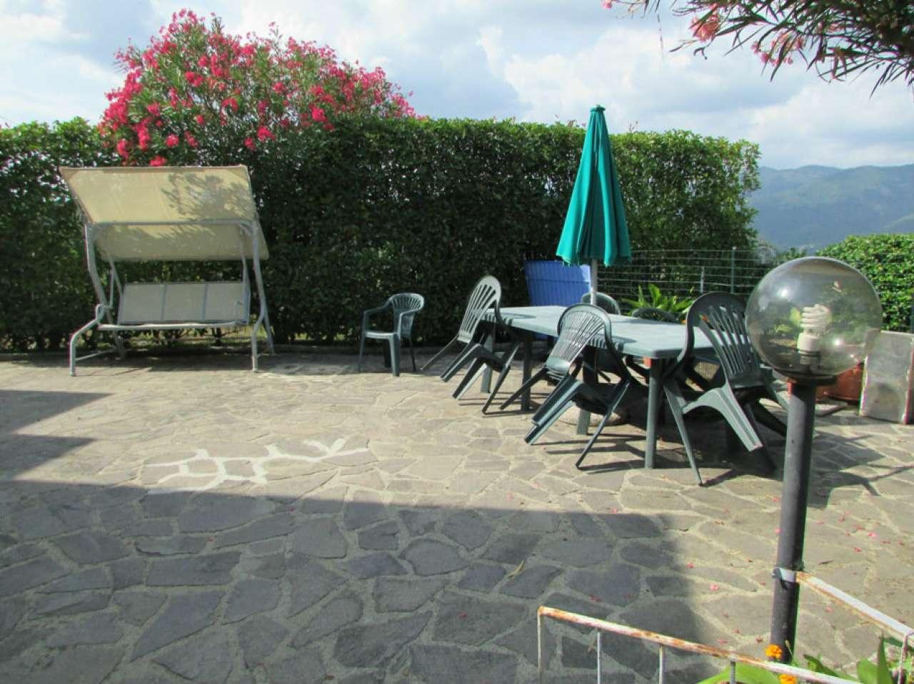 Soluzione Indipendente in vendita a Beverino, 7 locali, prezzo € 175.000 | CambioCasa.it