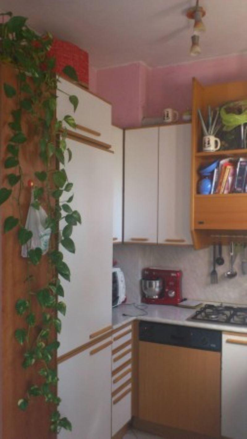 Bilocale Milano Via Bartolomeo Cabella 9