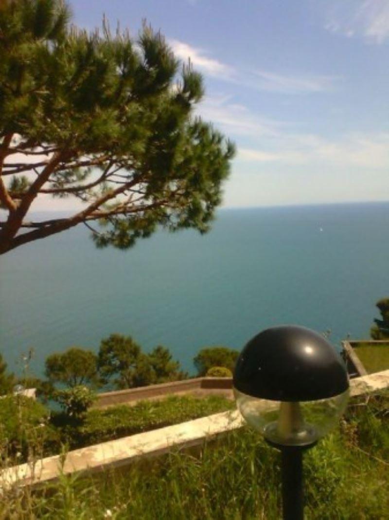 Villa in vendita a Lerici, 6 locali, prezzo € 985.000 | Cambio Casa.it