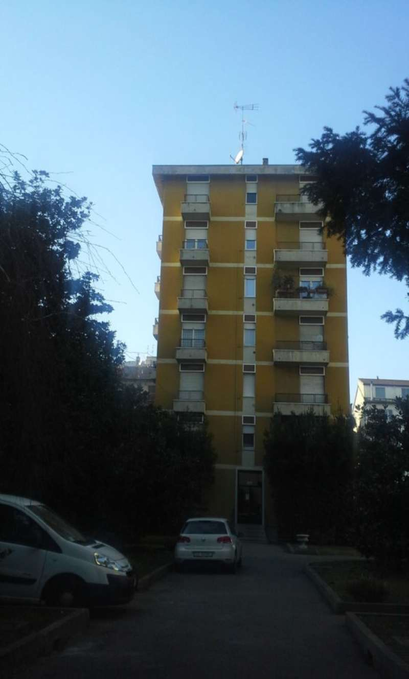 Appartamento in affitto a Milano, 2 locali, zona Zona: 6 . V Giornate, XXII Marzo, P.ta Romana, Viale Corsica, Tribunale, Policlinico, prezzo € 1.000 | Cambio Casa.it