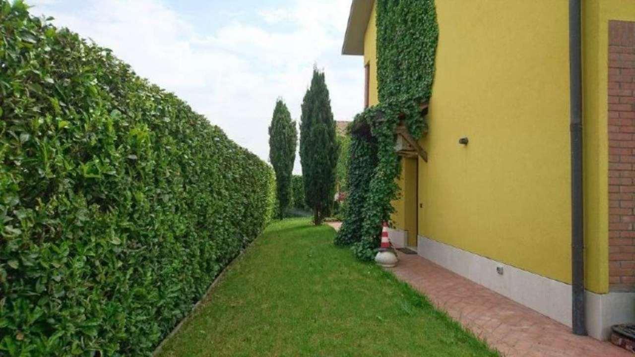 Villa bifamiliare san giuliano milanese vendita - Piastrelle san giuliano milanese ...