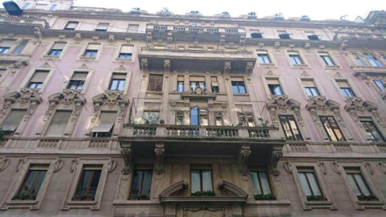 Bilocale Milano Piazza Duse 1