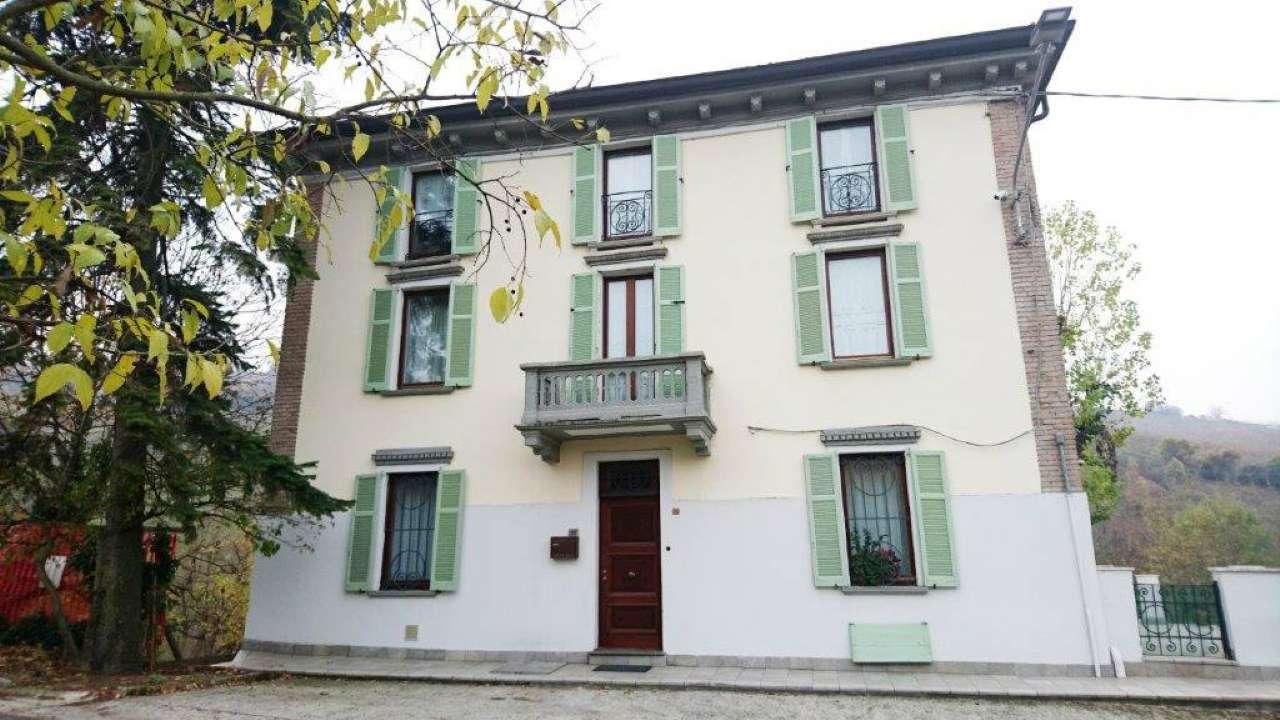 Villa in Vendita a Pietra de' Giorgi