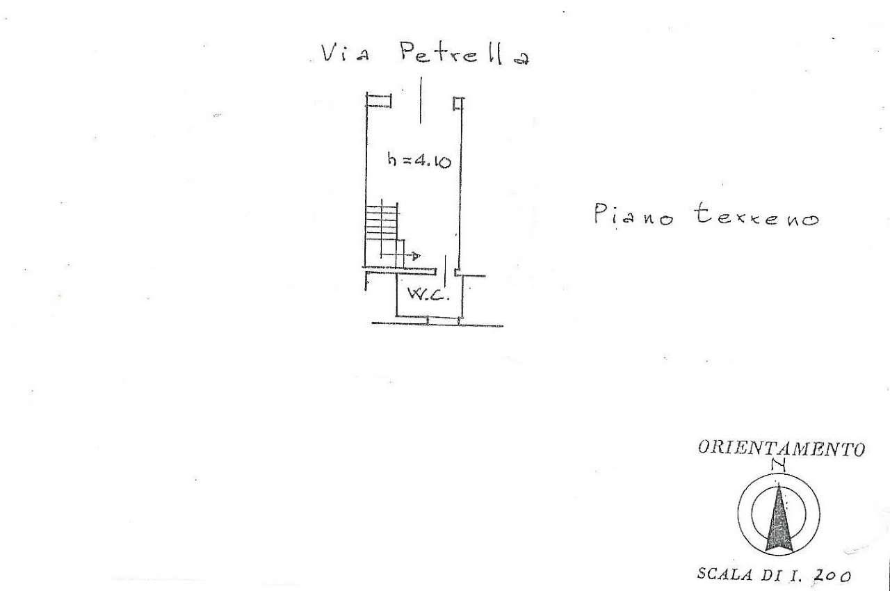 Magazzino in Vendita a Firenze Semicentro Ovest: 2 locali, 25 mq