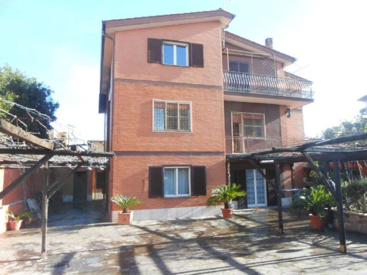 Palazzo / Stabile in vendita a Roma, 15 locali, zona Zona: 38 . Acilia, Vitinia, Infernetto, Axa, Casal Palocco, Madonnetta, prezzo € 850.000 | Cambio Casa.it