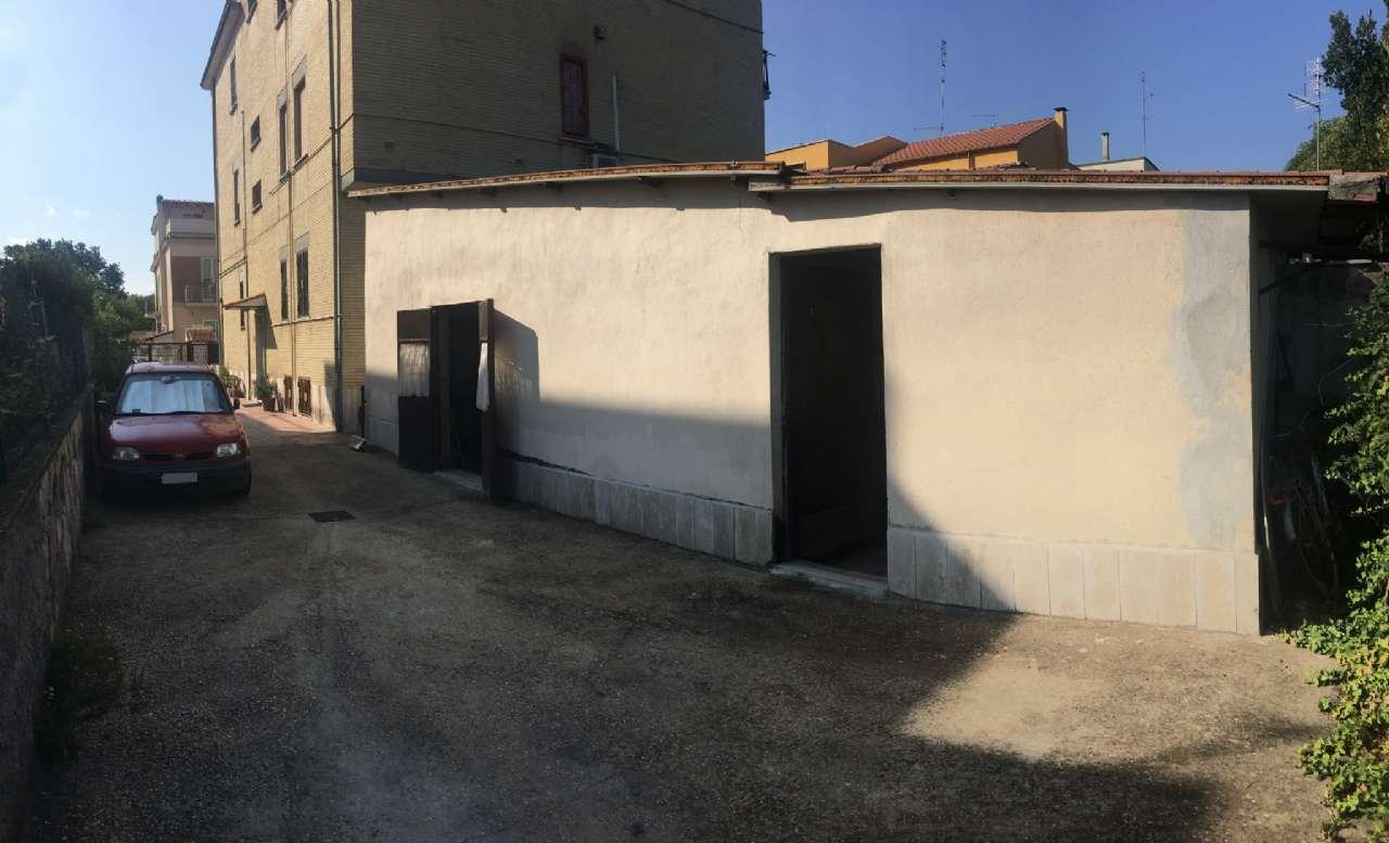 Magazzino in vendita a Roma, 1 locali, zona Zona: 38 . Acilia, Vitinia, Infernetto, Axa, Casal Palocco, Madonnetta, prezzo € 240.000 | CambioCasa.it