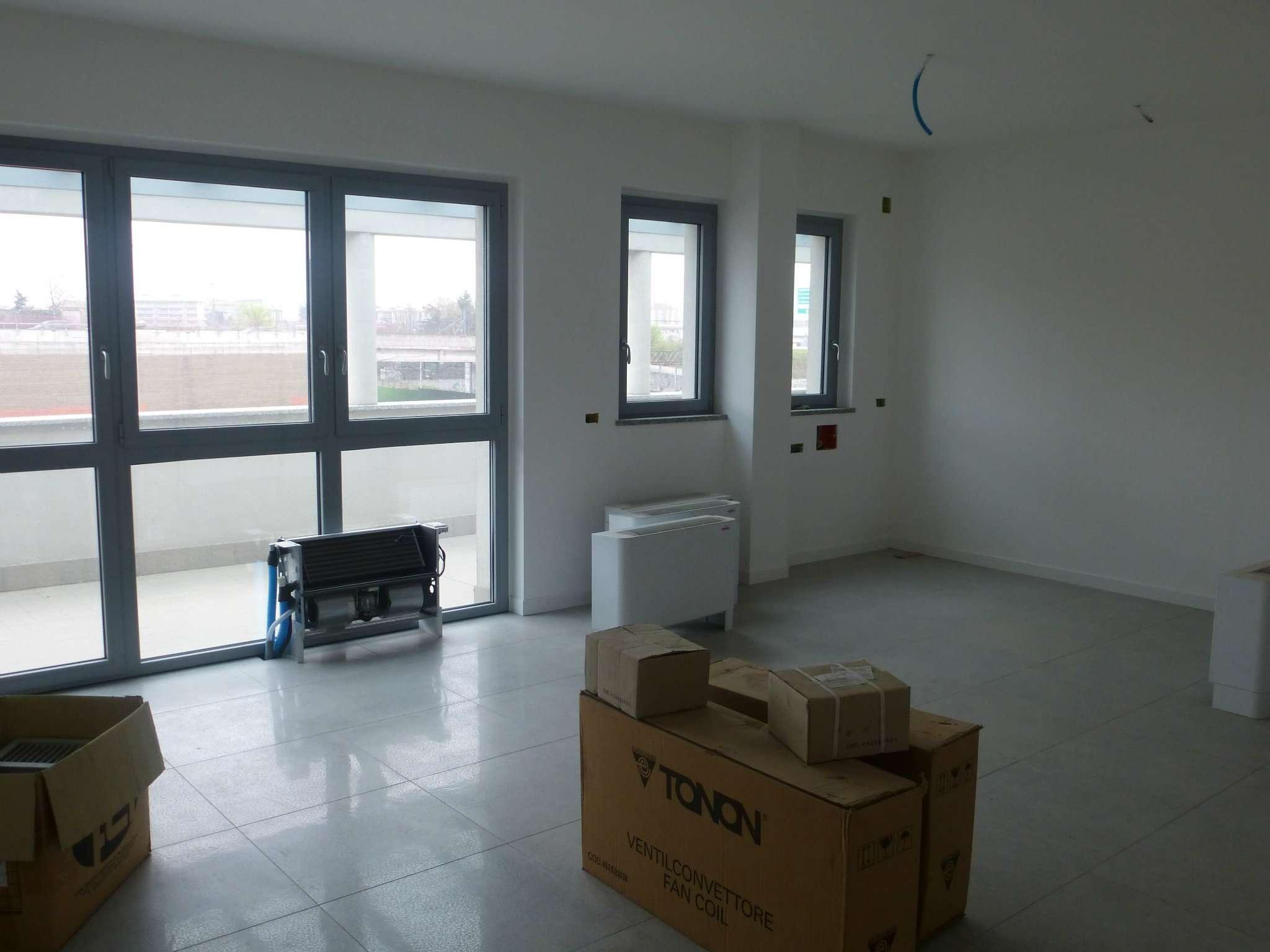 Ufficio / Studio in Affitto a Bollate