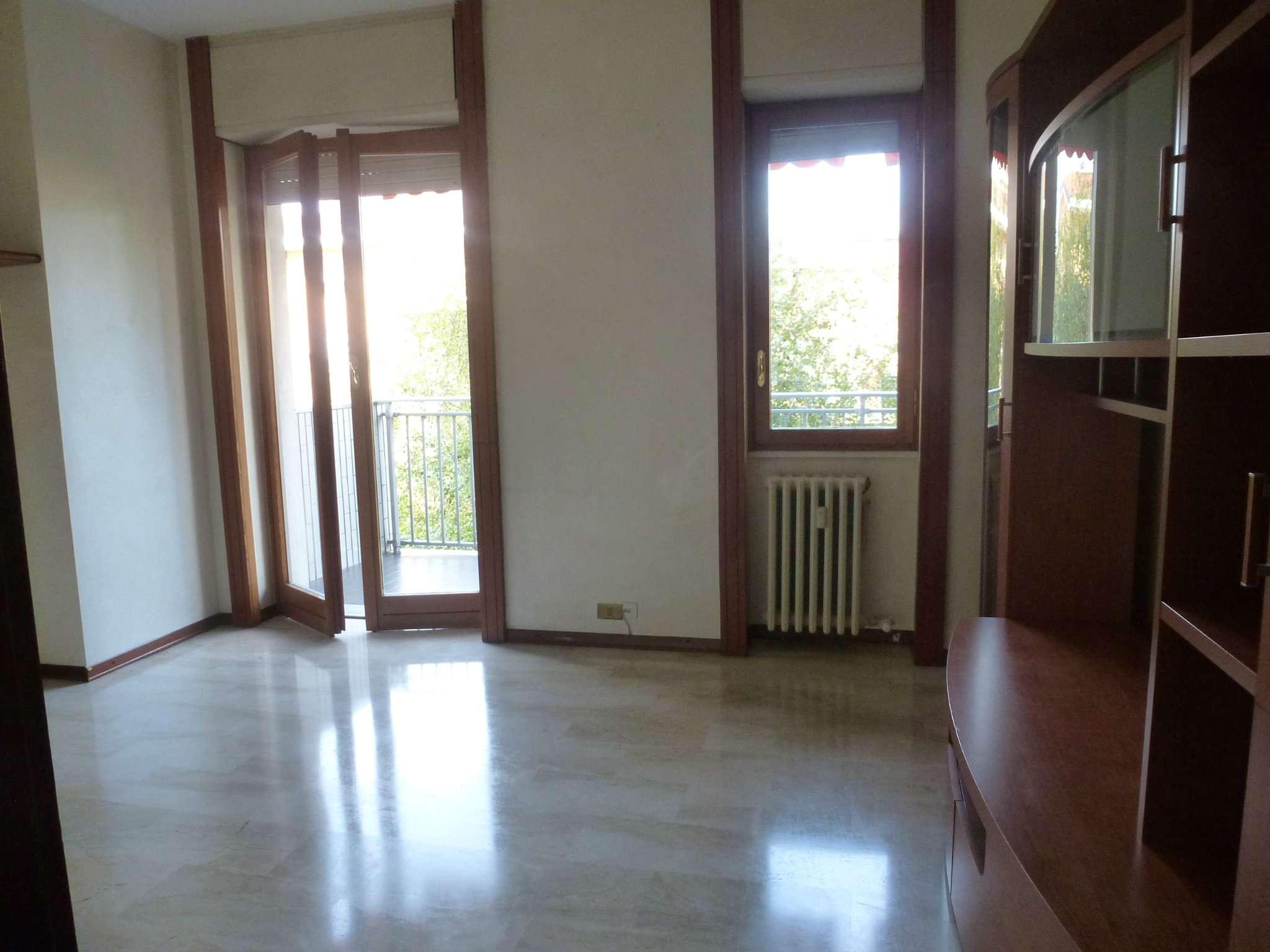 Appartamento in affitto a Novate Milanese, 3 locali, prezzo € 800 | CambioCasa.it